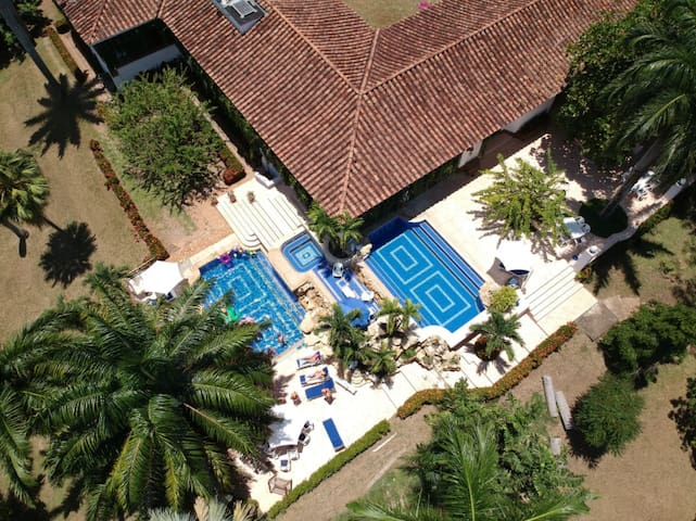 Hacienda Hotel La Primavera