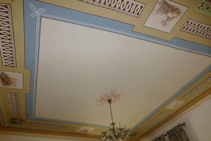 La casa col Soffitto dipinto nel cuore di Moncalvo