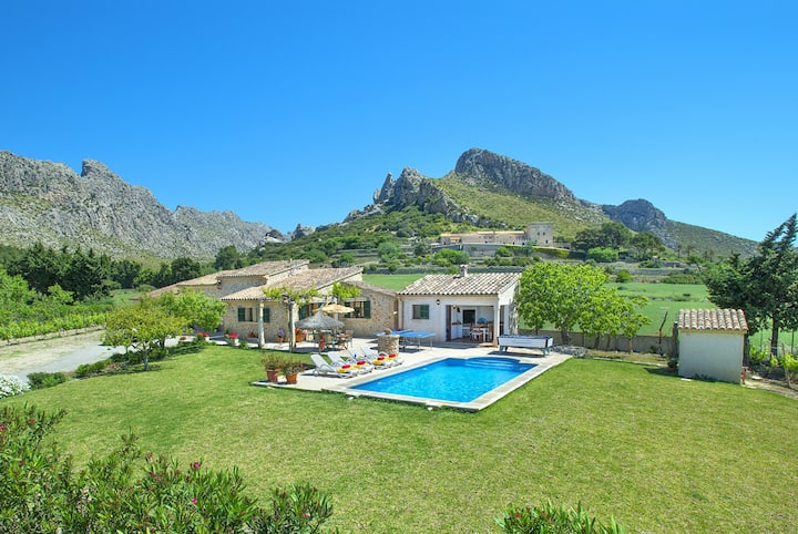 OWL BOOKING VILLA MOYA - FANTASTIC LOCATION