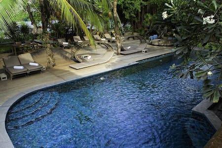Awesome Villa on Saigon River! - Hô-Chi-Minh-Ville