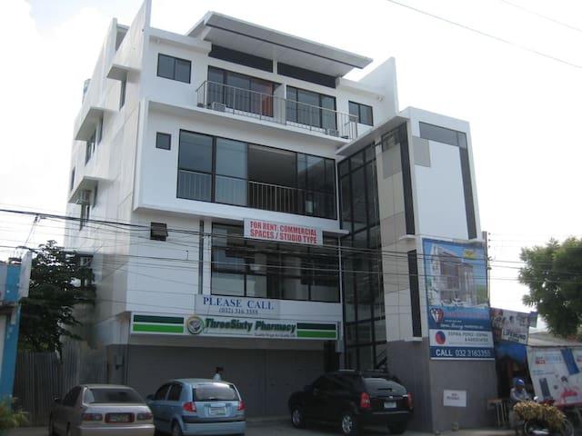 2 bed Apartelle Room, 2nd Floor Garnet Place Bldg - Mandaue City - Apartment