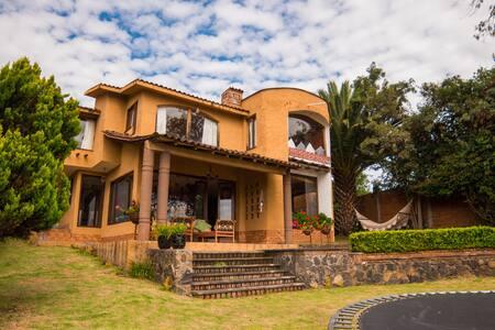 Hermosa Casa de campo frente al Lago de Pátzcuaro