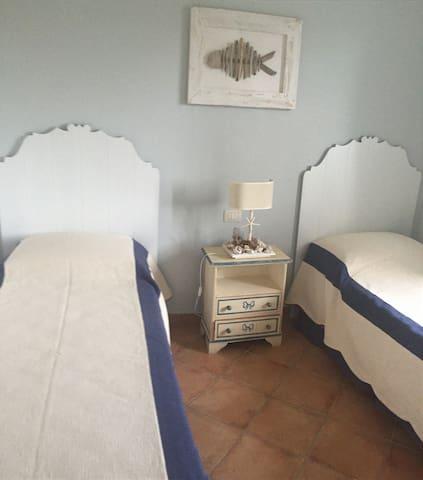 Adatto per coppie di innamorati e famiglie - Capo Coda Cavallo - Villa