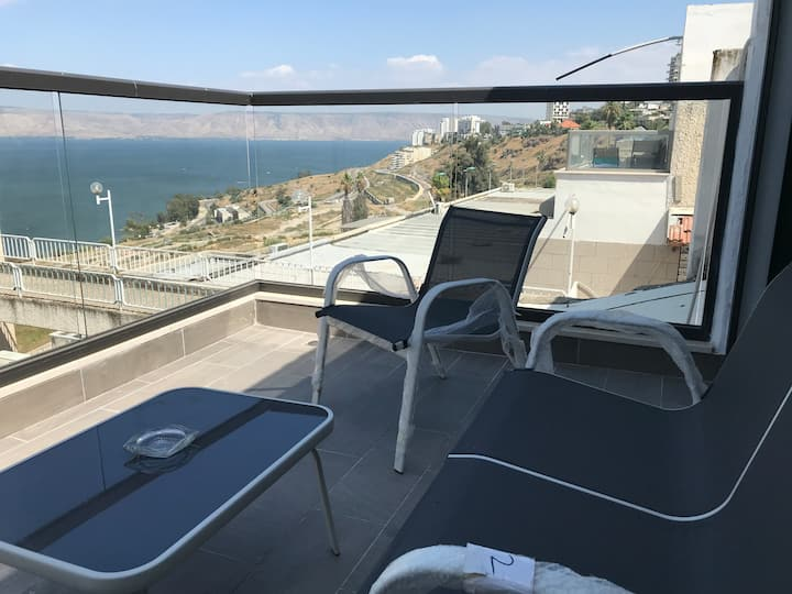 Holiday apartment overlooking the Sea of Galilee