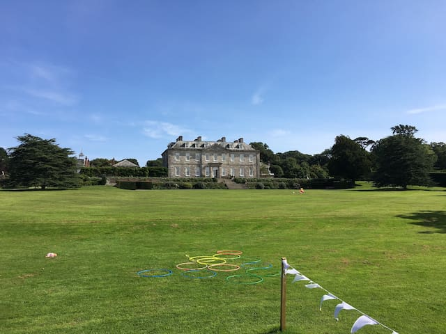 3 Bed Flat in Grounds of a National Trust House