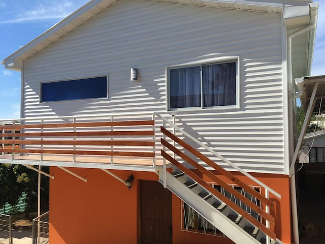Real Home Viña del Mar / Private Room - Achupallas