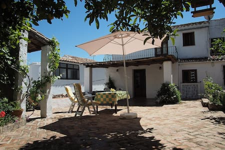 Traditional house with private patio near Ronda - Montejaque - Dům