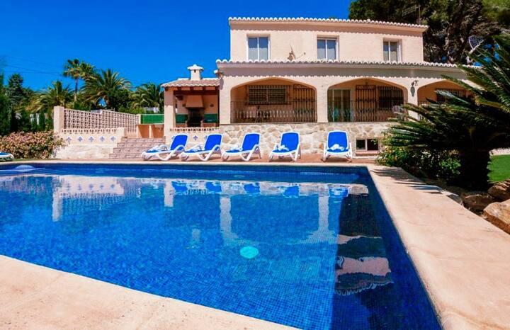 Villa Pla Del Mar in Moraira