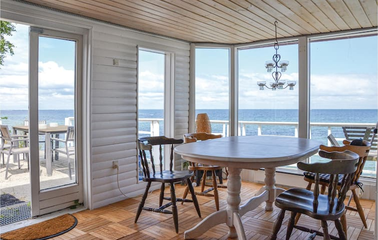 Holiday cottage with 3 bedrooms on 138m² in Strøby
