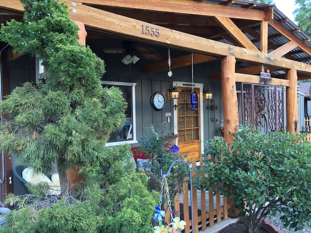 Read's Oak Knoll B&B