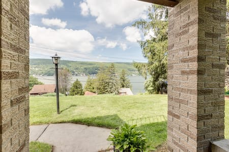 Warwick 2 Bedroom Guest Suite with Lake Views! - Greenwood Lake - Pension