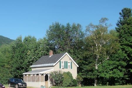 The Sandy's Cottage - Lake Sunapee - Newbury - Ház