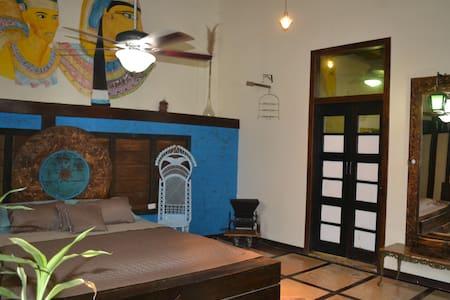 Hermoso hotel frente al mar - Bahia de Caraquez