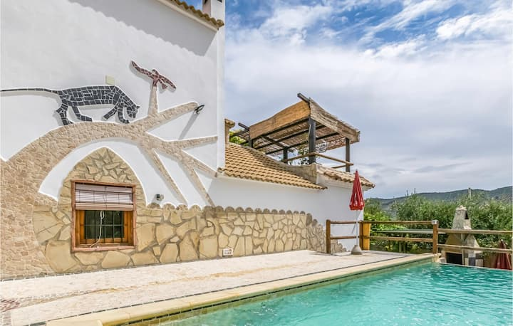 Holiday cottage with 4 bedrooms on 115m² in Iznájar