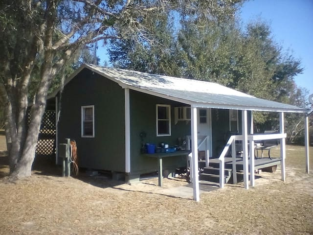 Charming Country Cottage or RV pad. - Floral City - Cabana