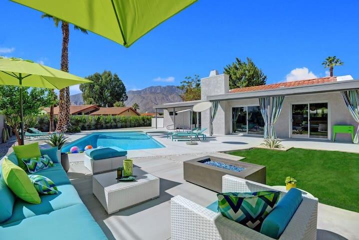 Camp Palm Springs - Mid-Century modern retreat