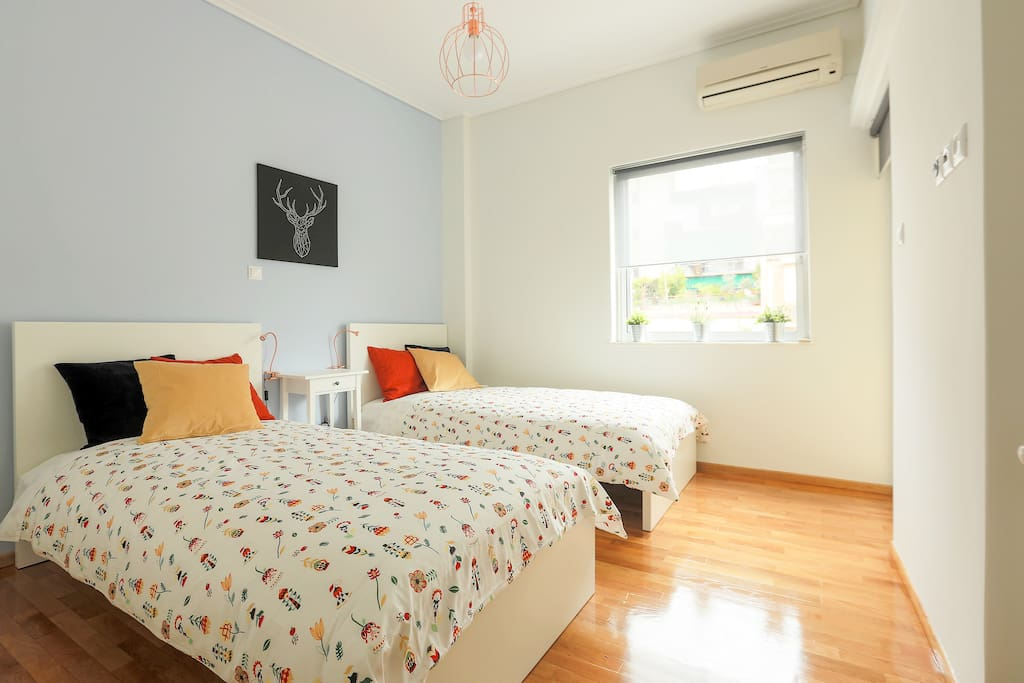 Two bedrooms. This is the second bedroom with two super comfortable single beds. Airconditioned