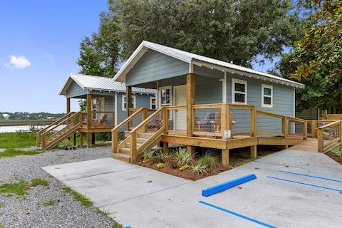Gil's Amberjack Cottage! Heart of Ocean Springs