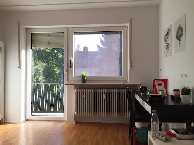 Clean, cozy room for 1 person Munich (Female only)