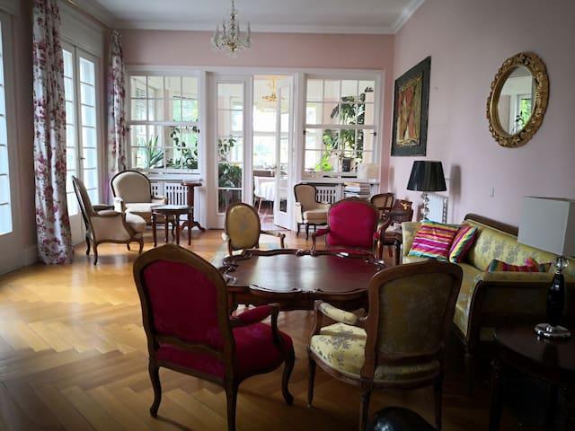 Villa d'exception dans un parc privé