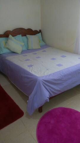 Cosy Studio Apartment, 500m from Two Rivers Mall.