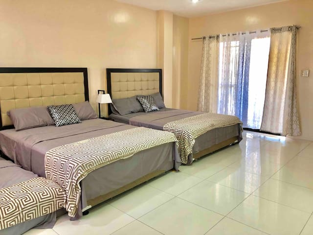 Antonia's Place 3A ( 12 Guests - 2 Rooms 6 beds)