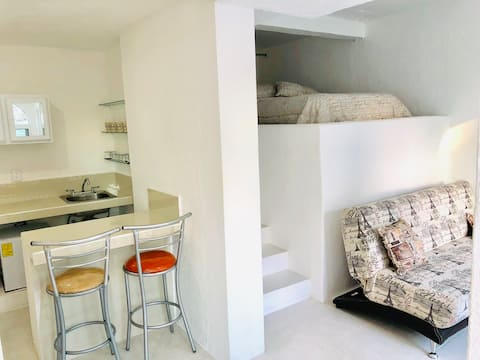 Miniloft, alberca al pie, ideal p trabajo y relax