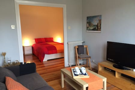 Habitación Doble en Gran Vía CENTRO - Bilbao - Bed & Breakfast