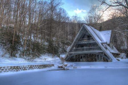 Chalet Ruisseau - Boone - Hus