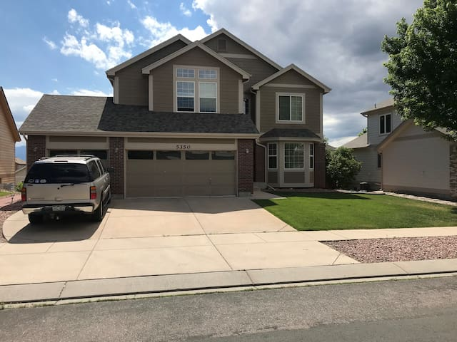 Colorado Springs Home (1 bed -1 bath)
