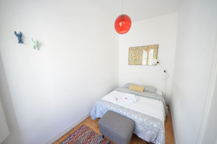 NEW! Sunny and Private Room@CityCentre