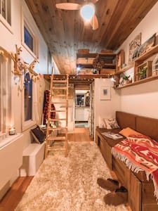 The Micro - A Wee House with BIG Style and Wifi!