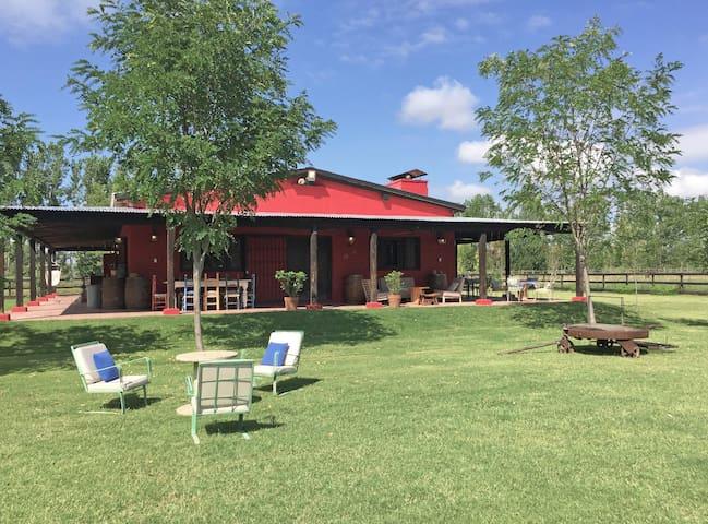 Gran casa de campo con espectaculares vistas