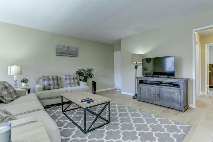 Coronado Beach Condo H - Coronado - Condominium