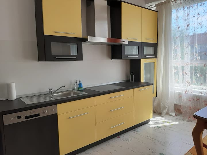 Žlutý apartmán v Chomutově