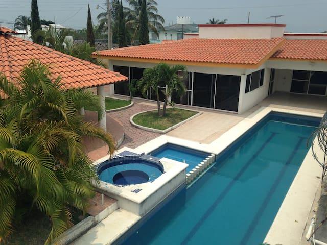 Casa de campo en Oaxtepec Morelos - Oaxtepec - House