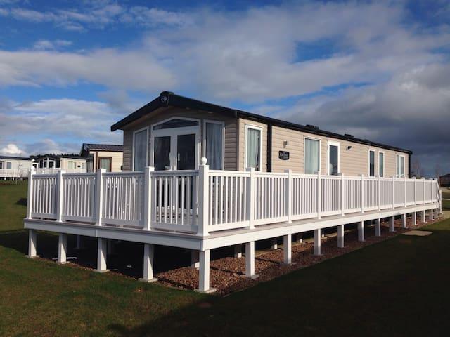 Platinum Holiday Home at Haven Devon Cliffs - Exmouth - Hytte