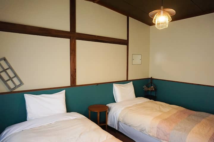 Mojiko Guesthouse PORTO 【AO Private Twin Bedroom】
