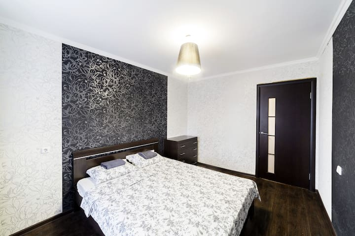 KZN Apartments: Black&White