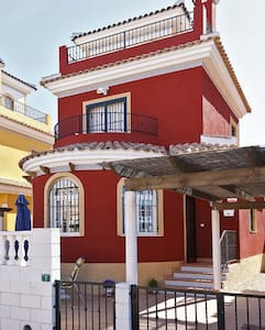 3 Bedroom Villa, Los Montesinos, Costa Blanca