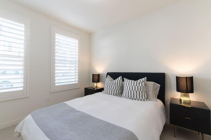 Urban Living Guest Room 1BR/1BA - Irvine (Sleep 2)
