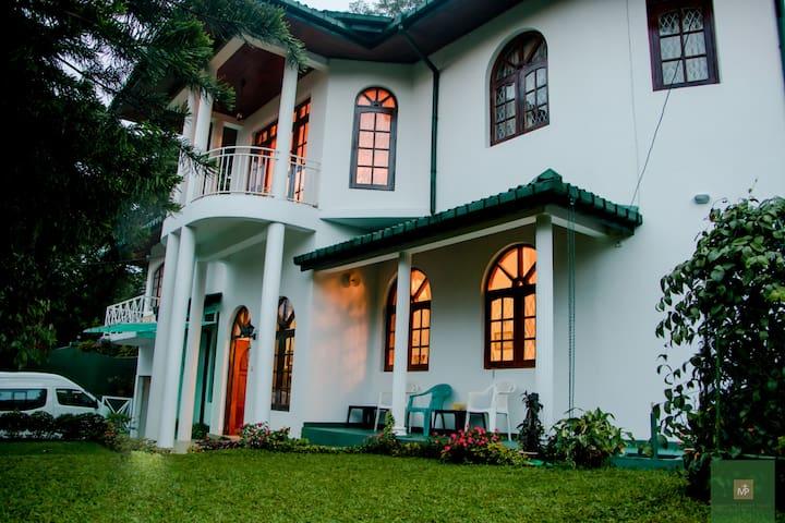 Mount Pleasant Residence