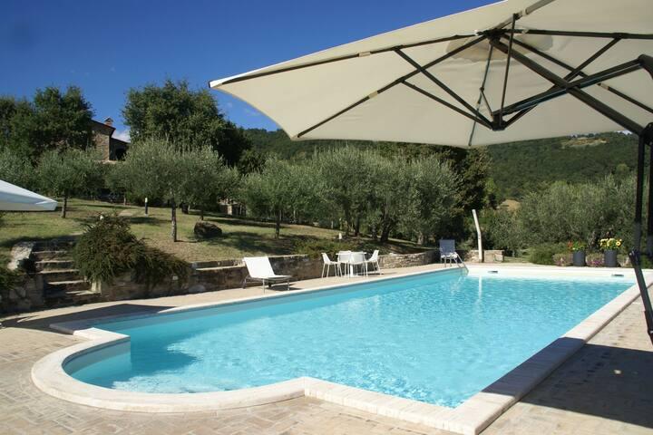 Palatial Villa in Umbertide with Pool & Beautiful Views