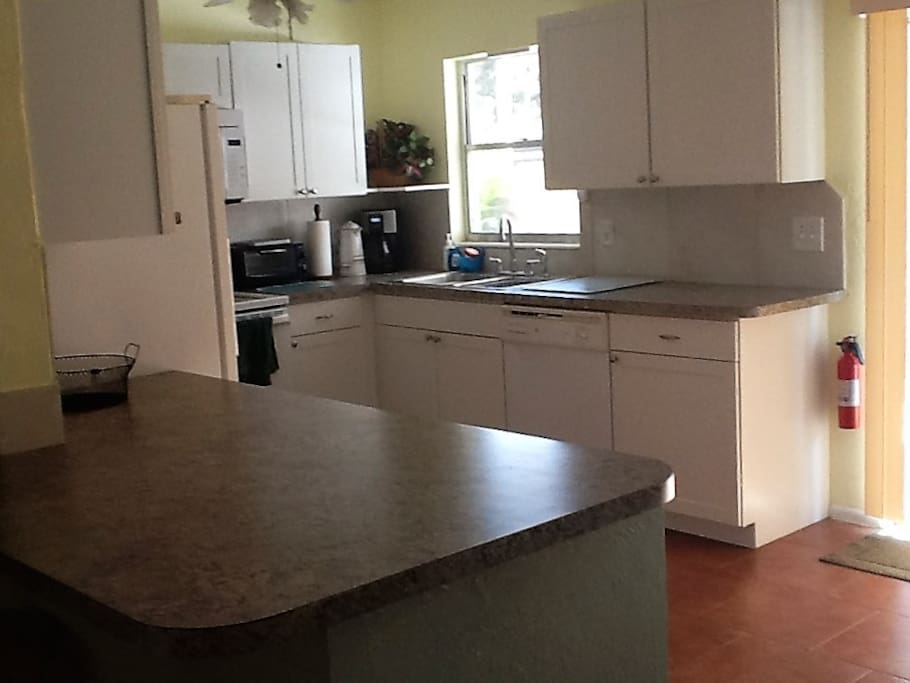 Kitchen is fully equipped ,lots of counter space with breakfast bar