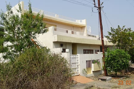 HEARTY CHOUBEY HOUSE