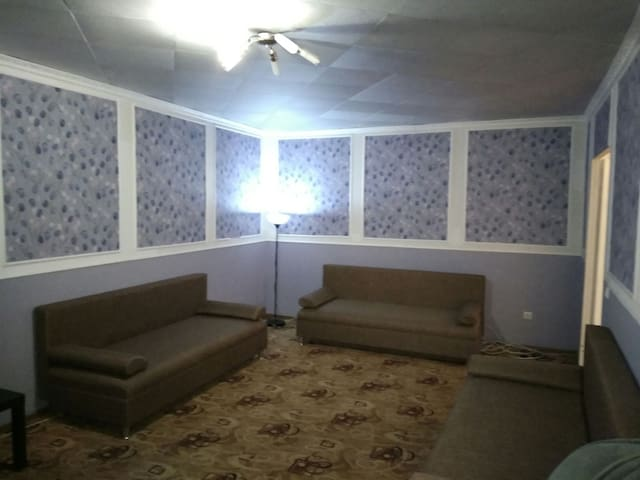 Новые дом и мебель 70 кв.м.парковка - Oufa - Appartement