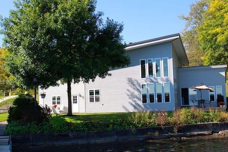 Lake House - 奥本(Auburn) - 公寓