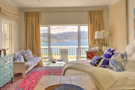 Heavenly Ocean Mountain View Studio in Simonstown - Cape Town - Apartment