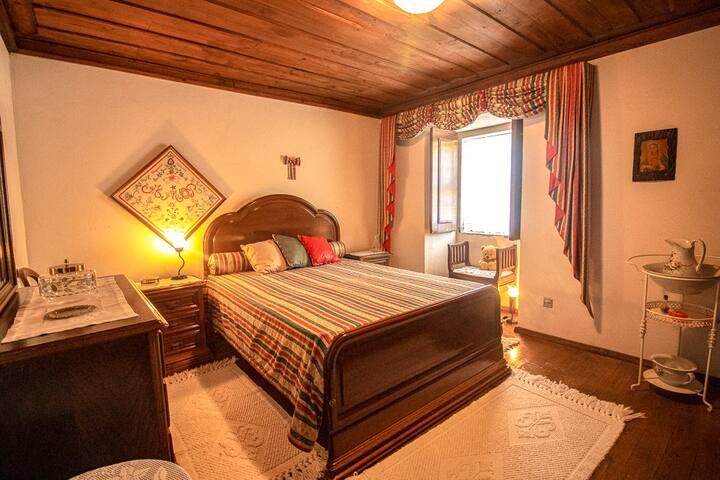 LUMA II . Casa da Torre. Room Teresa.