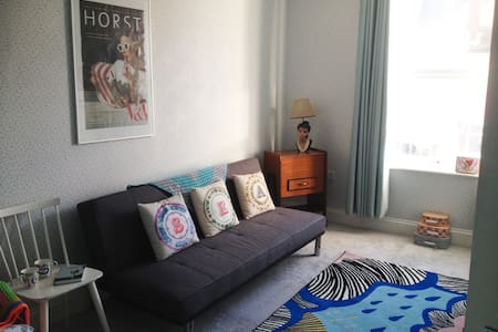 Stylish seaside flat on Aldeburgh High Street - Aldeburgh